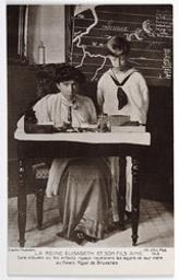 La Reine Elisabeth et son fils Ainé. Salle d'études où les enfants royaux recevaient les leçons de leur mère au Palais Royal de Bruxelles postcard  